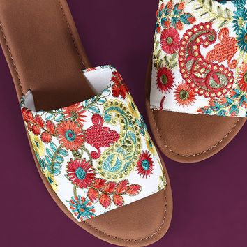 Embroidered Floral Slide Flat Sandals