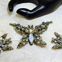 Beautiful Vintage Florenza Citrine and Shades of Green and AB Butterfly Brooch and Earrings