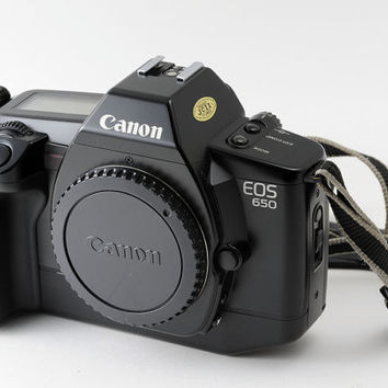 Canon EOS 650 35mm Film SLR Camera Body Auto Focus Fully Working