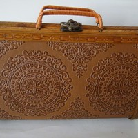 Vintage Cedar Wood Purse Sweet From the 40s