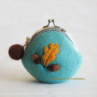 Wool Felted Bag Wallet, Coin Purse, change purse, felted wool purse, felted wool, felt pouch, purse with frame Fall Acorn Handmade