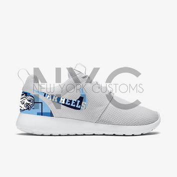 sale retailer 5c7ce 7d53d University of North Carolina Tar Heels UNC 17  Nike Roshe Run One Custom  Men Women
