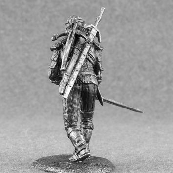 """Geralt of Rivia Action Figures, Also Known As """"White Wolf"""" 1/32 Scale The Witcher 54mm Toy Soldier Tin Metal Miniature Sculpture Figurine"""