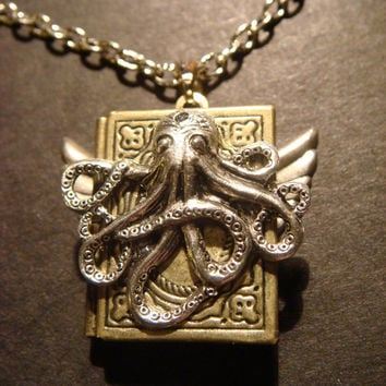 Victorian Style Steampunk Octopus Locket Necklace with Wings (406)