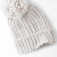 AEO Women's Solid Pom-pom Beanie (Oatmeal Heather)