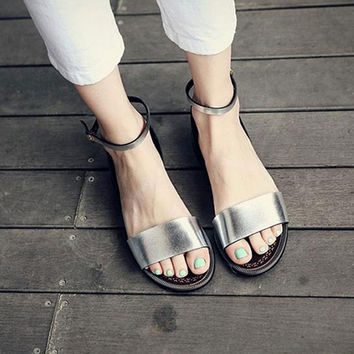 2017 New Solid Flat Sandals Soft Leather Sandals Women Beach Shoes Summer Women Slippers Sandalias Mujer Sandale Femme XWF0432-5