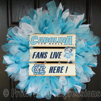 Go HEELS  Carolina fans live here wreath by FrontDoorExpressions
