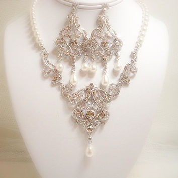Wedding jewelry SET, Necklace and earrings set, bridal necklace, bridal earrings, Swarovski crystals and Swarovski pearls