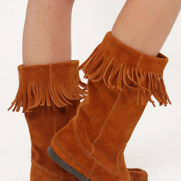 Vintage MINNETONKA Boots FRINGE Moccasin Boots Caramel Suede Hippie Boots Boho Boots Size 9