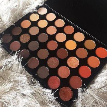 ONETOW Morphe 350 Palette Eye Shadow Day-First?
