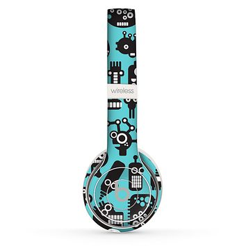The Teal & Black Toon Robots Skin Set for the Beats by Dre Solo 2 Wireless Headphones