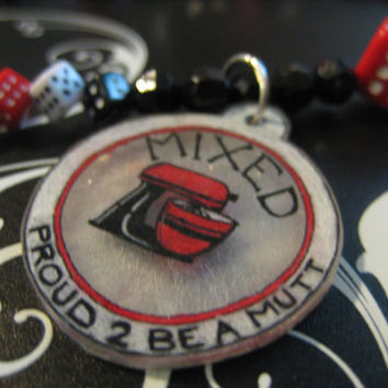 Jewelry for your pet: Proud to be a Mutt, Mixed Dice Dog Necklace, Cute Mixer Motif, 16 inch size