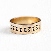 Vintage Heart Band - 14k Rosy Yellow Gold Filled Ring - 1960s Size 4 1/2 Retro Mid Century Eternity Stacking 60s Statement GF Jewelry