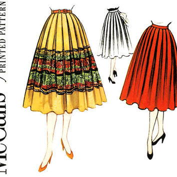 1950s Skirt Pattern Waist 24 McCalls 3246 Day or Evening Full Skirt Softly Pleated Skirt for Border Prints Womens Vintage Sewing Patterns