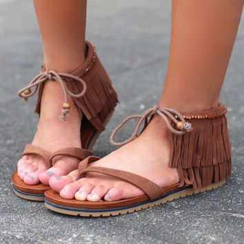 MIA: Native Fringe Sandals {Cinnamon}