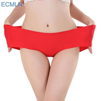 DKF4S Delicate Hot! 2016 Women's Fashion Invisible Underwear Spandex Seamless High Quality Briefs Panty Bikini Newest