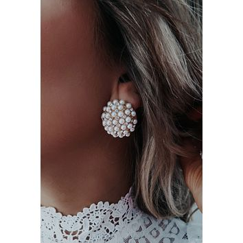 Only You Earring: Pearl