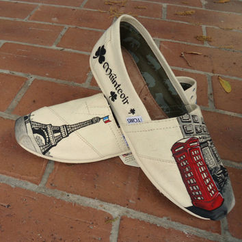 Pub & Eiffel Tower Custom TOMS
