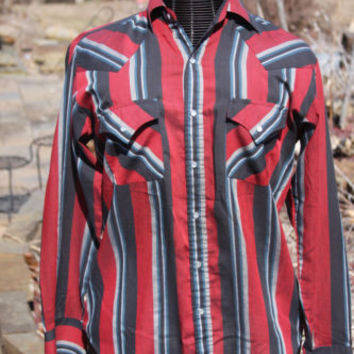 Western Style Red and Black Striped Pearl Snap Up Shirt Mens Size M