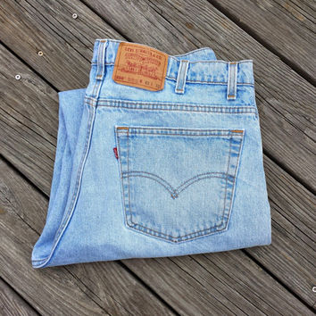 Vintage LEVI'S 550 Jeans - Relaxed Fit - Made in USA - Size 40 x 32 (38 x 31.5)