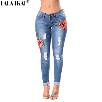 Brand Womens Jeans Cotton Skinny Embroidery Jeans Denim Women Ripped Jeans Destroyed Hip Hole Ladies Pants Plus Size KWA0197-45