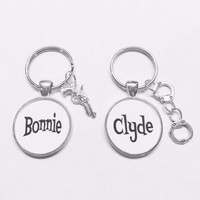 Bonnie And Clyde Gun Handcuffs Gift For Couples His And Hers Keychain Set