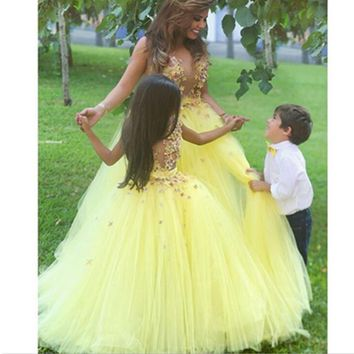 Fairy Flower Girls' Dress Light Yellow Garden Petal Princess Ball Gown Colorful Tulle Wedding Birthday Party Custom Made 2017