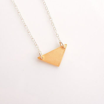 Geometric Triangle Necklace in Gold - Geometry