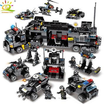 HUIQIBAO Toys 695PCS 8in1 Military command Truck SWAT Soldiers Building Blocks For Children Compatible Legoed Police DIY Bricks