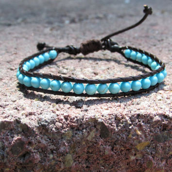 Beaded woven leather bracelet - Howlite dyed turquiose - adjustable