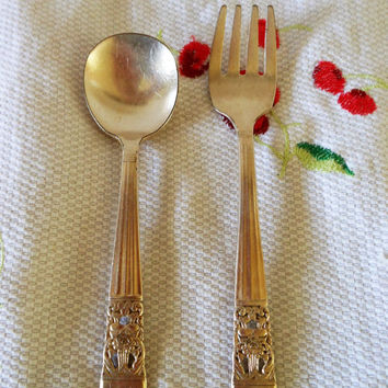 Oneida Coronation Silverplate Baby Spoon and Fork, Oneida Community Coronation Baby Silverware, Silver Spoon Silver Fork Infant Feeding Set