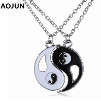 AOJUN 2P BFF Charm Pendant Necklaces Eight Diagrams Yin Yang Black White Best Friends friendship Couples Lover Valentine Gift