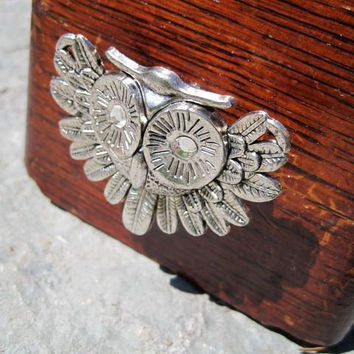 Owl Drawer Knobs - Cabinet Pulls with Crystal Eyes in Silver metal (MK117)