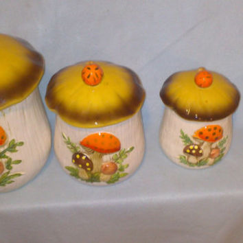 Vintage 70s Ceramic Mushroom Cookie Jar/Canisters - Set of 4- Large to Small