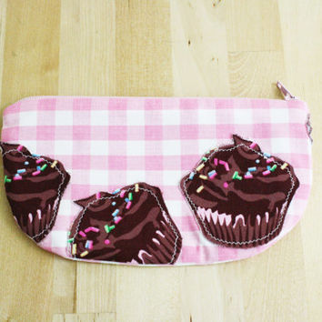Cupcake Zipper Pouch / Pink Gingham Fabric Wallet Clutch Phone Case