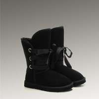 UGG Roxy Short 5828 Boots Black