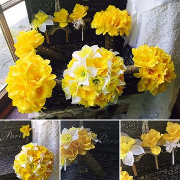 17 Piece Daffodil Bouquet Wedding Package, Yellow Daffodil, White Daffodil Bouquet, Yellow Bouquet, Spring Bouquet, Burlap Bouquet, Jute