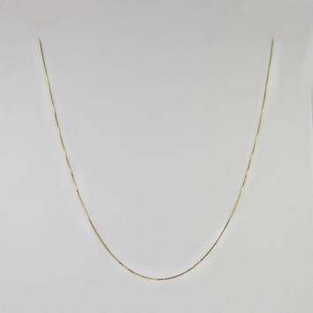 Box Link Chain 18 Inches .5mm .8 Grams in 10K Yellow Gold