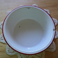 Farmhouse Decor White Enamel Bowl with Red Trim 1940's Wash Basin or Mixing Bowl Cottage Chic Kitchen Bowl Country Farm Tableware