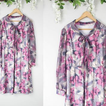 Vintage Pink Floral Tie Neck Dress