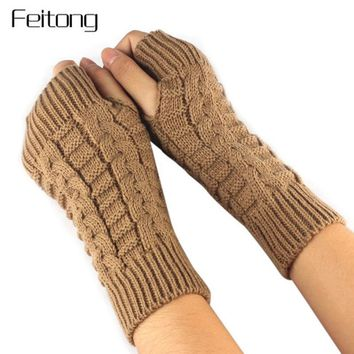 Women Wool Cable Knit Arm Length Winter Gloves