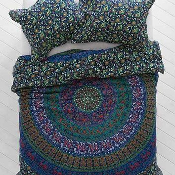 Magical Thinking Blue Green Medallion Duvet Cover- Blue Full/queen