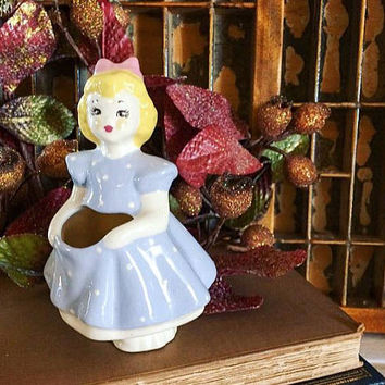 Goldilocks Lamar of California, Goldilocks Vase, Whimsical Vase, Kitsch Vase, Retro Vase, Vintage Pottery, Nursery Rhyme Décor, Lamar Vase