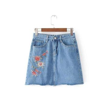 ONETOW 2017 Summer Fashion Lady Floral Embroidery Jean Skirts All-match Women Button Pockets Sexy Slim Bodycon Denim Skirt AH8758-0520