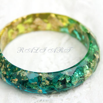 Faceted bracelet,  Resin bracelet, Bangle gold flakes, Resin bangle, faceted bracelet, bracelet green resin, gold flakes, blue, glitter