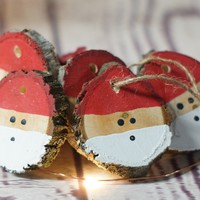 Log Slice Santa Christmas Ornaments