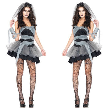Vampire Halloween costumes dresss cosplay dresss party dress freesize nightclubwear Witch princess bride dress Halloween dress suniform temptation dance dresses (Color: Black)