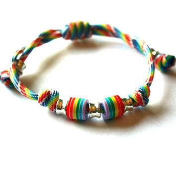 Unisex Rainbow Bracelet - For him, for her, rainbow, gift ideas, paracord, boy, teenagers, friend, parachute, pride, simple and light