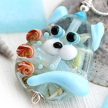 Beach Lover gift, Cat Pendant, Seashell jewelry, Kitten, Cat Jewelry, Handmade Lampwork glass, Beach Jewelry, Adoptable, SRA