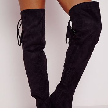 Missguided - Flat Knee High Tassel Back Boot Black